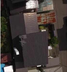 興津売家 屋根1